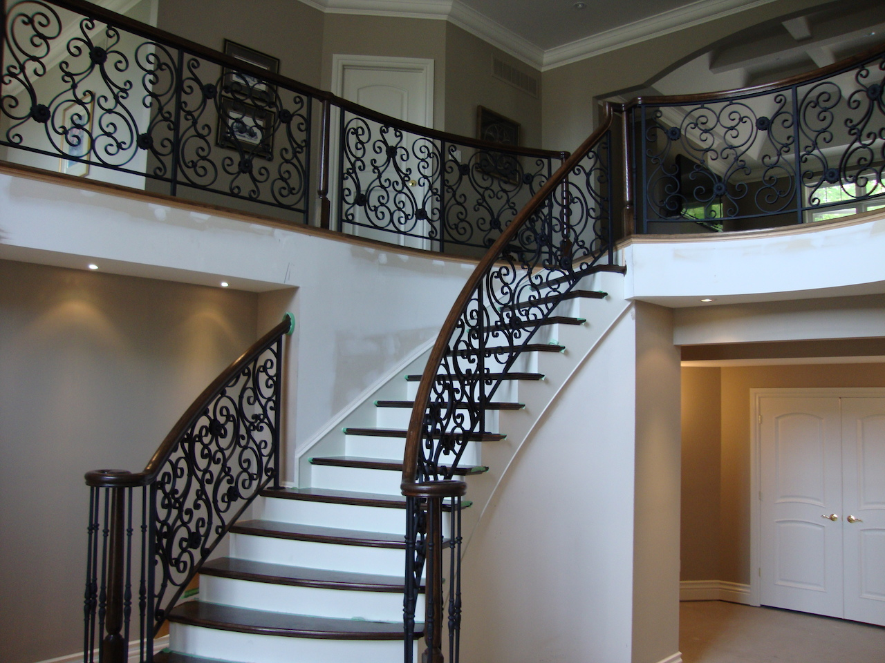 gallery style rail big railing classic interior railings